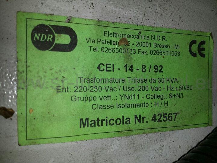 Trafo  220-200 V